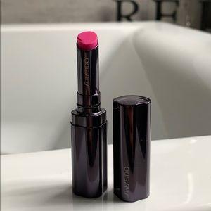 Shseido pink shimmering lip